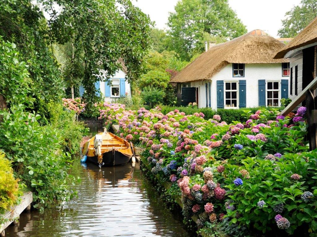 جيثورن ، هولندا - أماكن جميلة خالية من السيارات