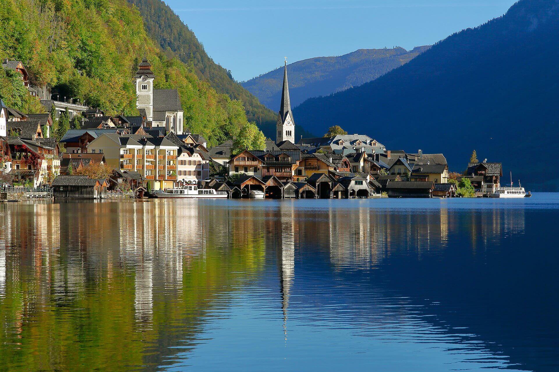 أجمل المدن والقرى المطلة على البحيرات في أوروبا
