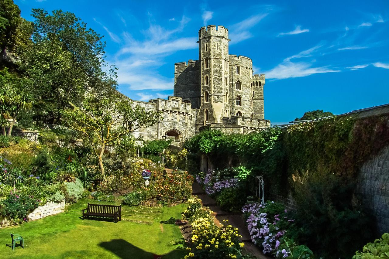 أجمل القلاع في إنجلترا