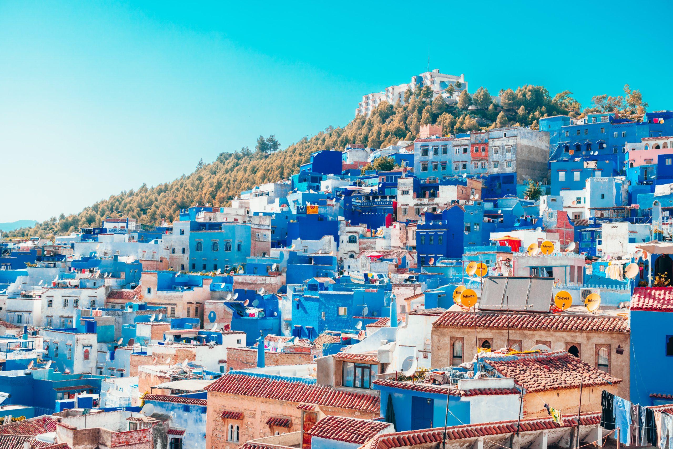 بالصور تعرف على مدينة شفشاون الزرقاء المذهلة في المغرب