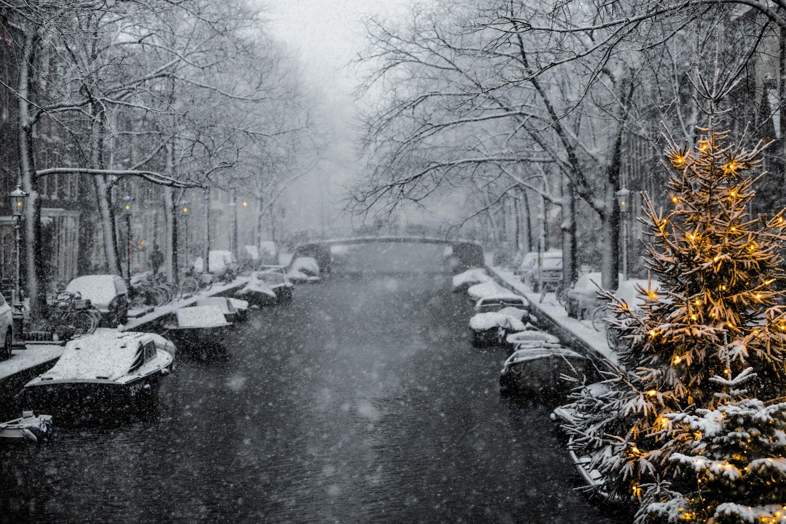 أجمل وجهات السفر العالمية لقضاء أجواء أعياد الميلاد الشتائية