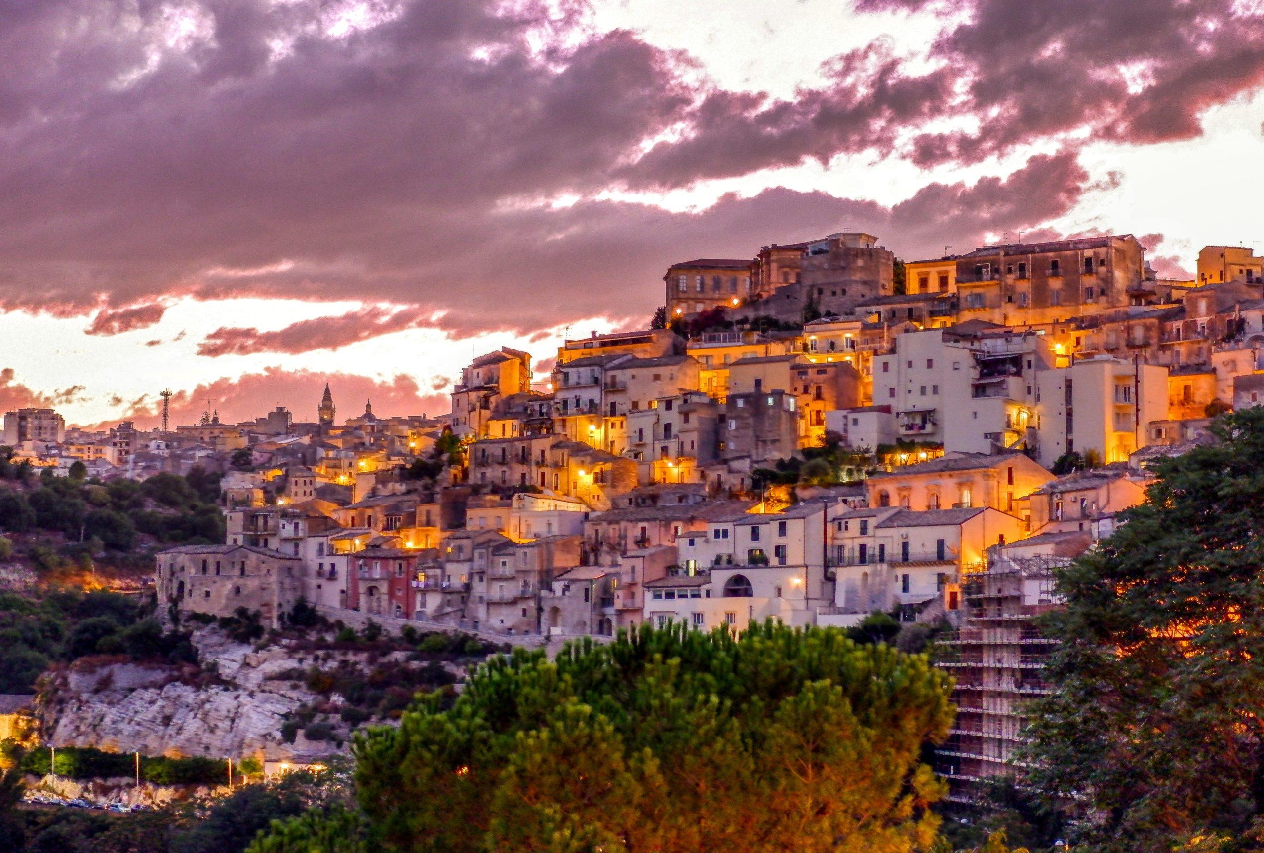 وجهات سياحية رائعة في صقلية ، إيطاليا