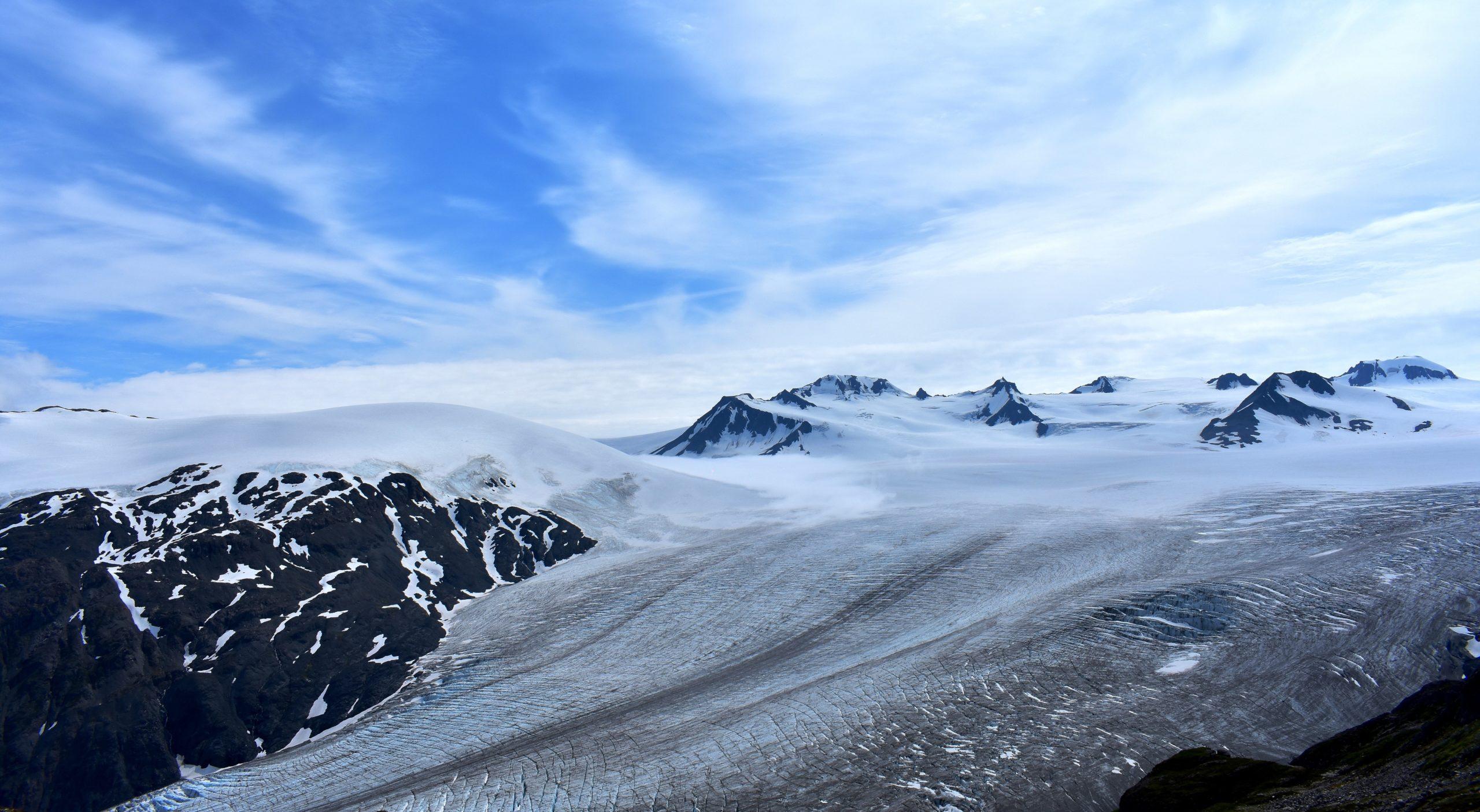 ألاسكا ، سبعة أنهار جليدية يمكنك المشي عليها