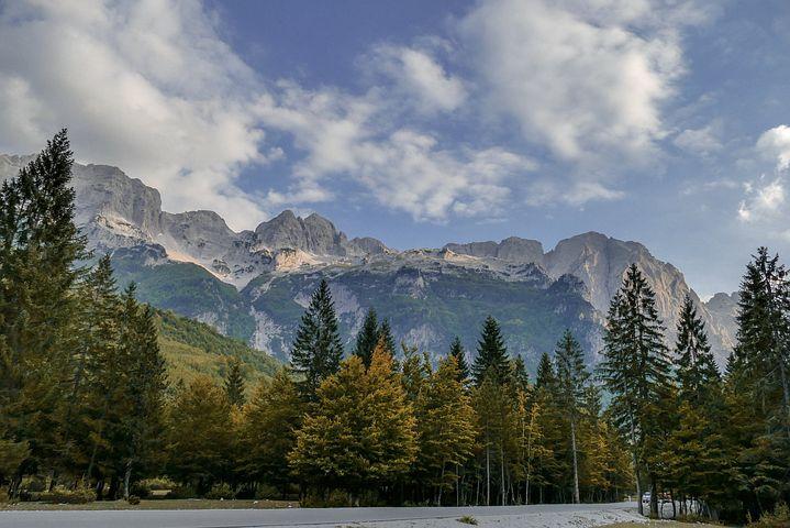 ألبانيا وأبرز معالم الجذب السياحي فيها