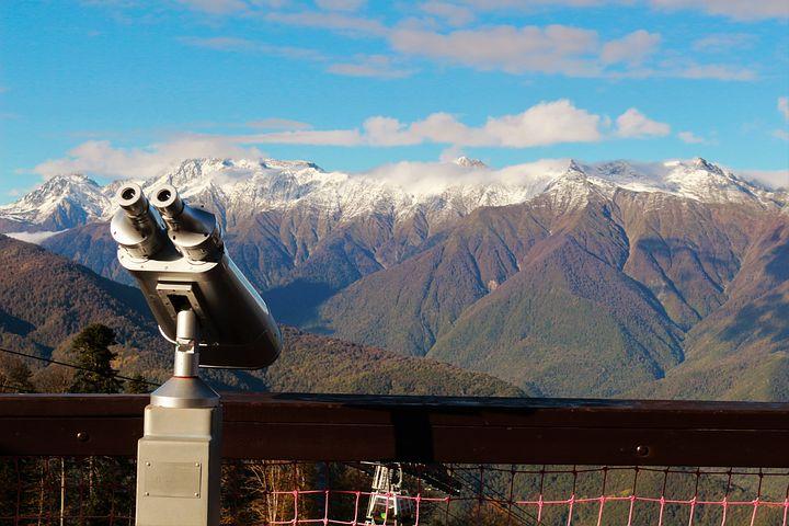 استكشاف جبال القوقاز الرائعة
