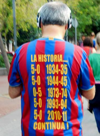 A shirt remembering Barca's El Classico wins