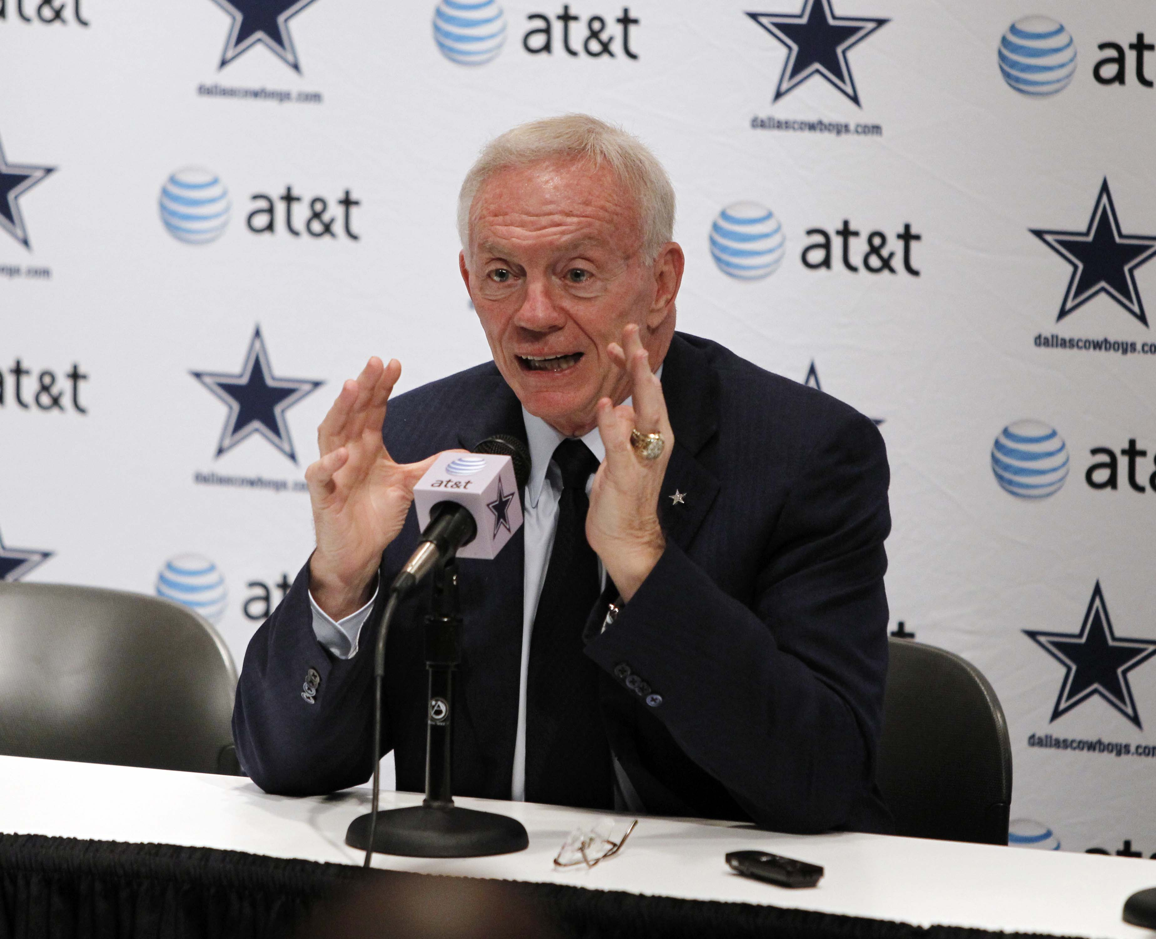 Dr. Jerry's Medical Update Rings Loud & Clear For A Cowboys Defense Lacking Productive Players