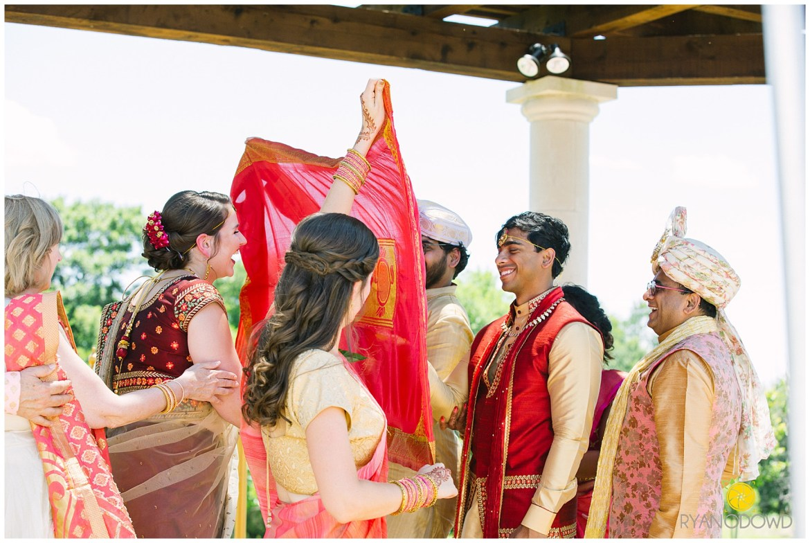 A Traditional Indian Wedding Ceremony_6165.jpg