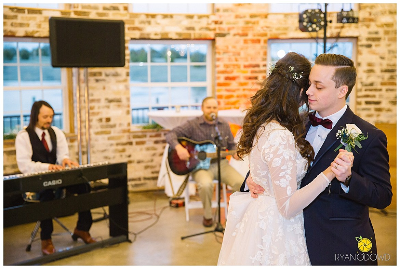 light and airy wedding_0294.jpg