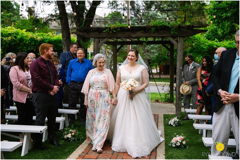 classy mckinney wedding chestnut square_1013.jpg