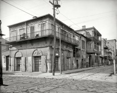 New Orleans 'Old-Absinthe House' on Bourbon Street Circa 1903 (Original from shorpy.com)
