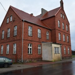 Smutna prawda o budynku szkoły w Lipie powoli wychodzi na jaw