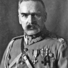 Wspomnienia o przedwojennej szkole i Marszałku Piłsudskim