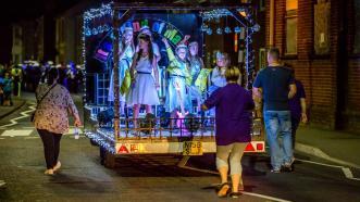 2016 Queens Newport Illuminated
