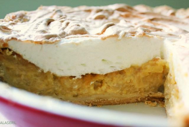 Queen Apple Pie - ryeandginger.ca