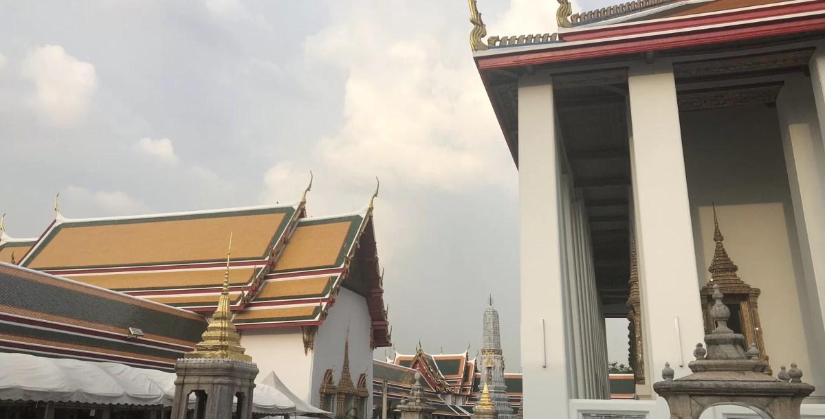 Bangkok: Sightseeing, Wat Pho, Thai Police, and More!