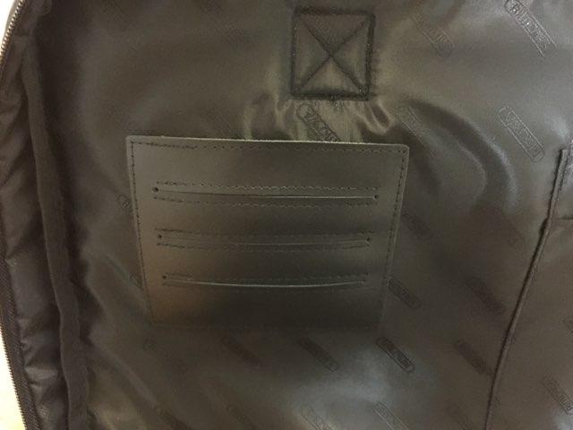 リモワ(RIMOWA)の付属PCバッグ