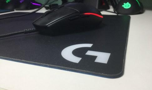 ゲーミングマウスパッド デザイン