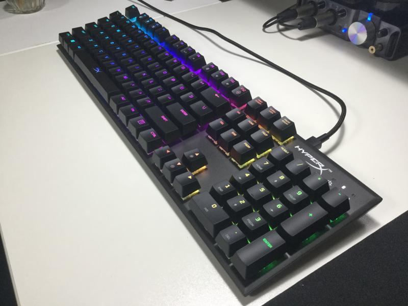 \レビュー/HyperX「Alloy FPS RGB」価格改定で6500円安。更に買いやすくなったおすすめフルキーボード