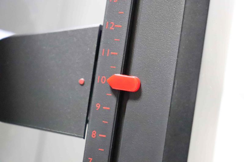 「XL2546」高さ調整機能 メモリ