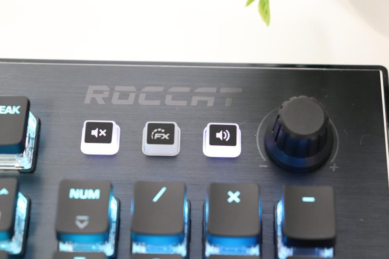 Vulcan 121 AIMO JP メディアボタン
