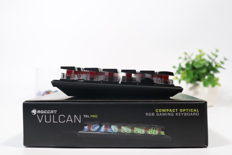 Vulcan TKL Pro 本体