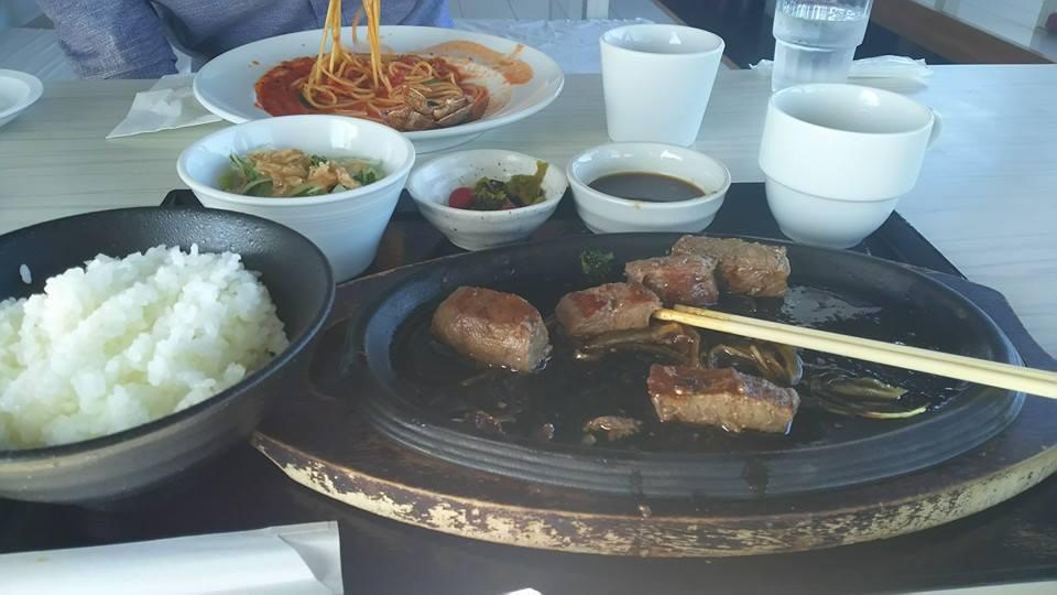 seaside dining