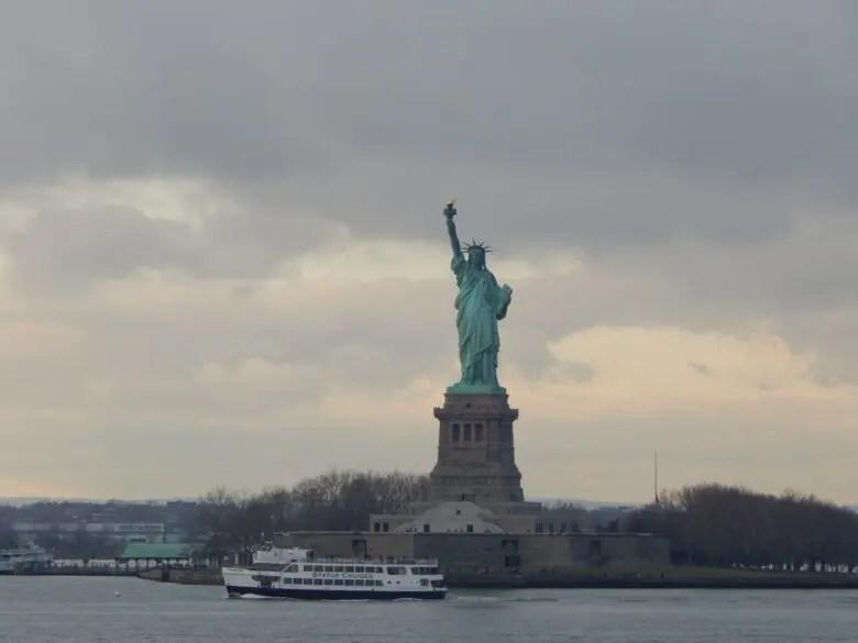 ニューヨーク観光といえば自由の女神!~アメリカNY編~