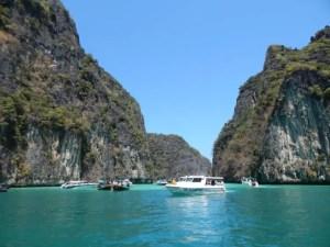 タイのクラビのピピ島ツアー