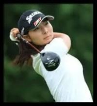 鶴岡果恋,女子プロゴルファー