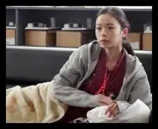 趣里,女優,経歴
