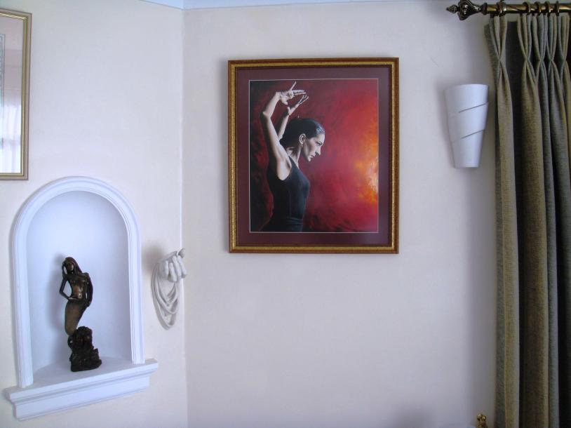 pure-flamenco-oil-painting-framed-and-hung