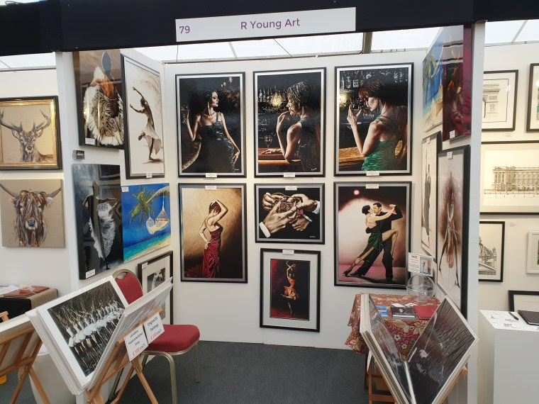 2019 Windsor Art Fair - The stand took two hours to set up