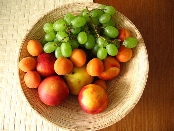Parszywa dwunastka czyli warzywa i owoce, które podobno można jeść wyłącznie organiczne