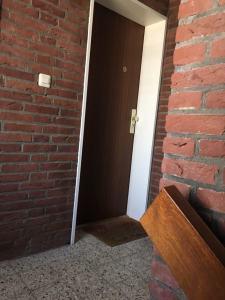 ドイツで最初に住んだ家のドア