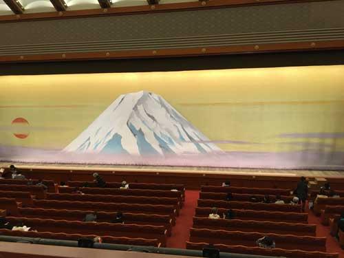 【一等席】歌舞伎座2階1列目の見え方