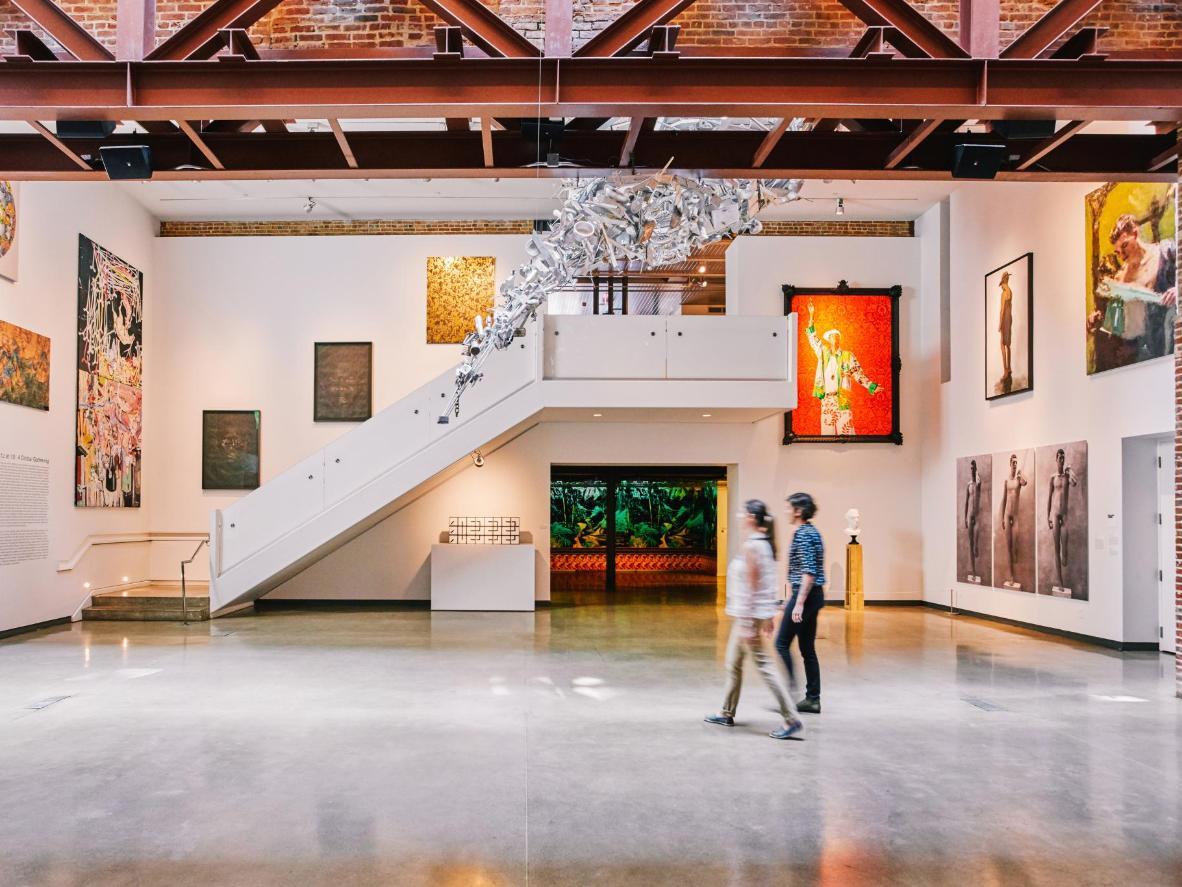 Art Galleries Spend Night