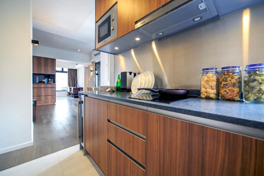 hotel with kitchen hong kong portable island ikea mori serviced apartments booking com gallery image of this property