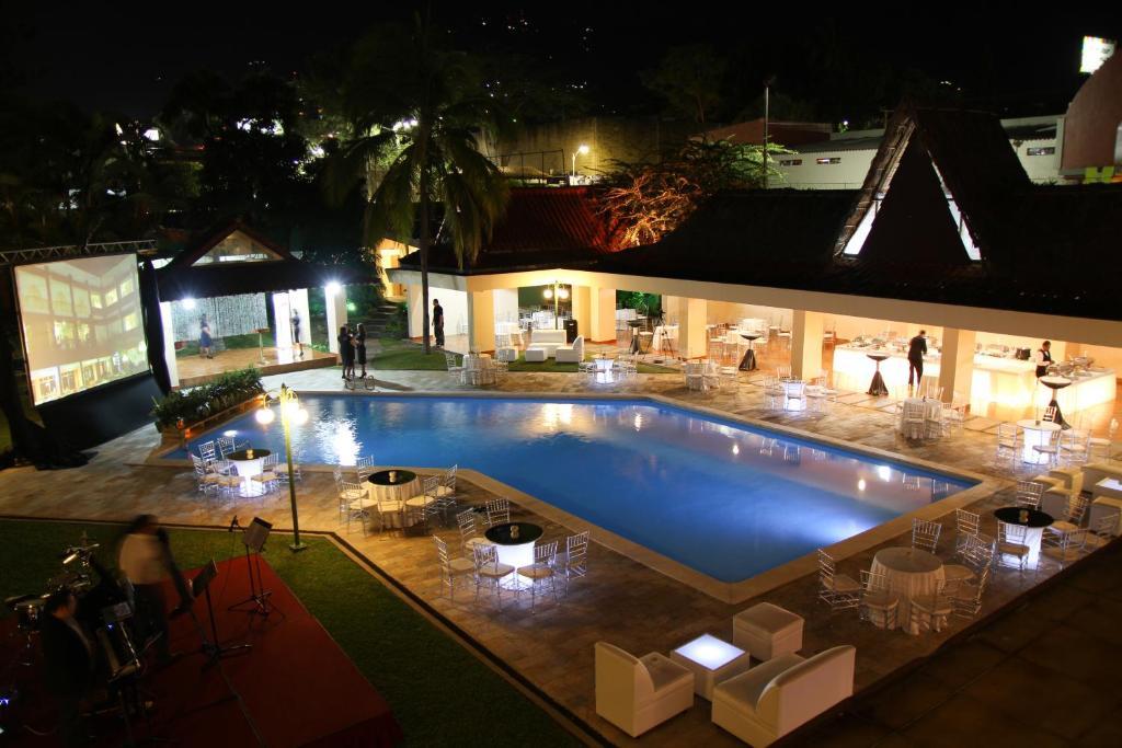 Best Western Plus Hotel Terraza San Salvador  Precios