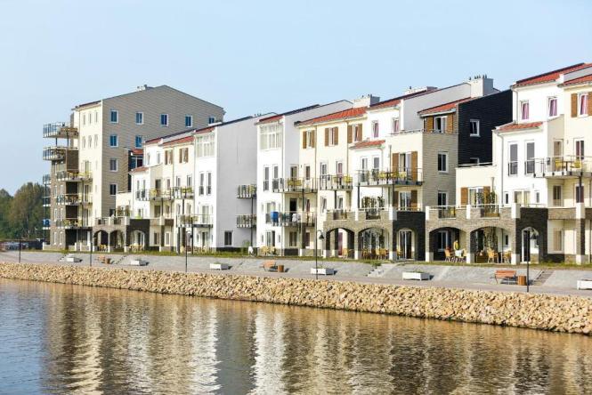 Center Parcs Eemhof Flevoland Holland Holiday Park Zeewolde Netherlands Deals