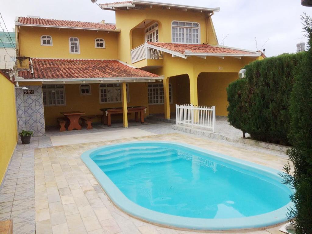 Vacation Home Casa com Piscina Balnerio Cambori Brazil  Bookingcom