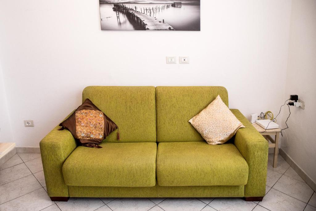 urban sofa gallery wooden armrest table apartment gambara citylife nest milan italy booking com image of this property