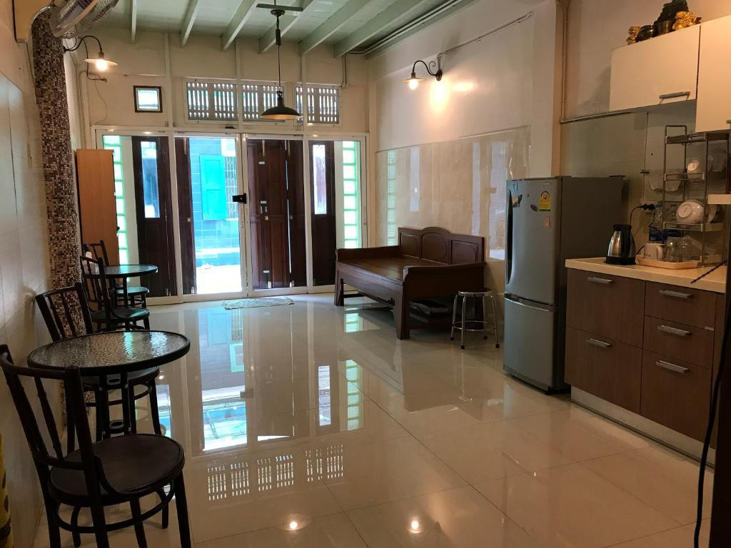 chair design bangkok grey office guesthouse oriental house thailand booking com gallery image of this property