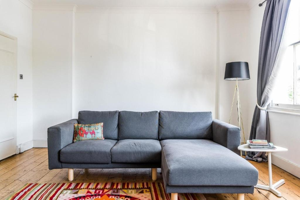 urban sofa gallery where are restoration hardware sofas made apartment new fantastic 2 bedroom house living sydenham city image of this property