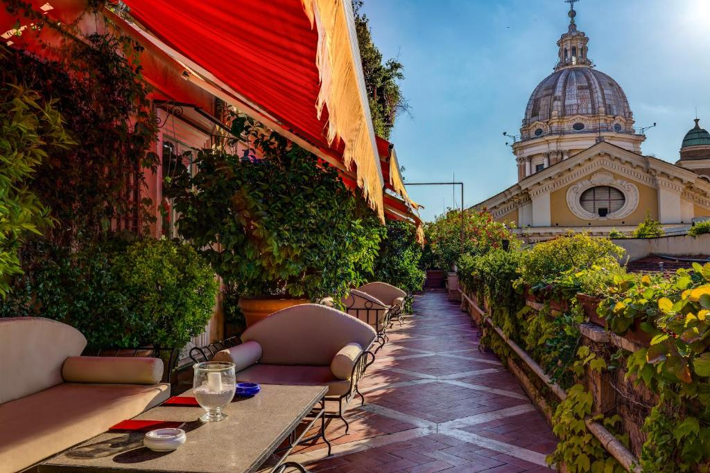 Grand Hotel Plaza in Rome Italy