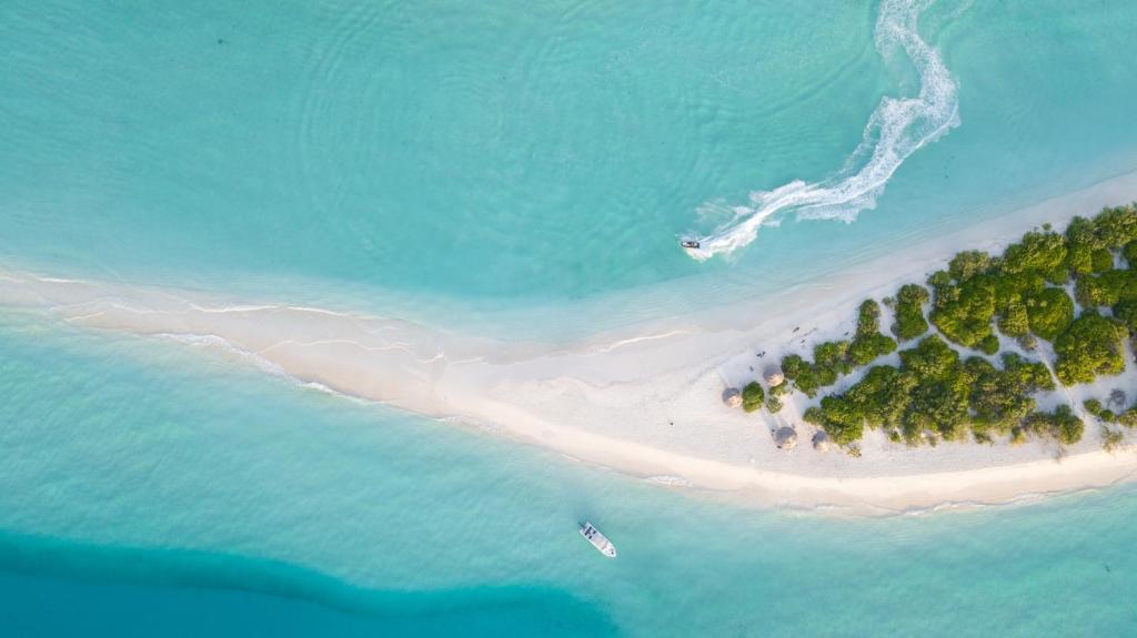 guesthouse island home ukulhas