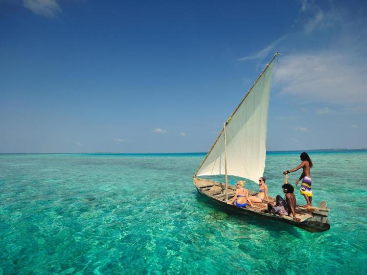 Развлечения в отеле Бандос Мальдивы
