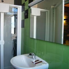Hahn Kitchen Sinks Ideas 斯塔遜酒店 西班牙哈恩 Booking Com 住宿相片集