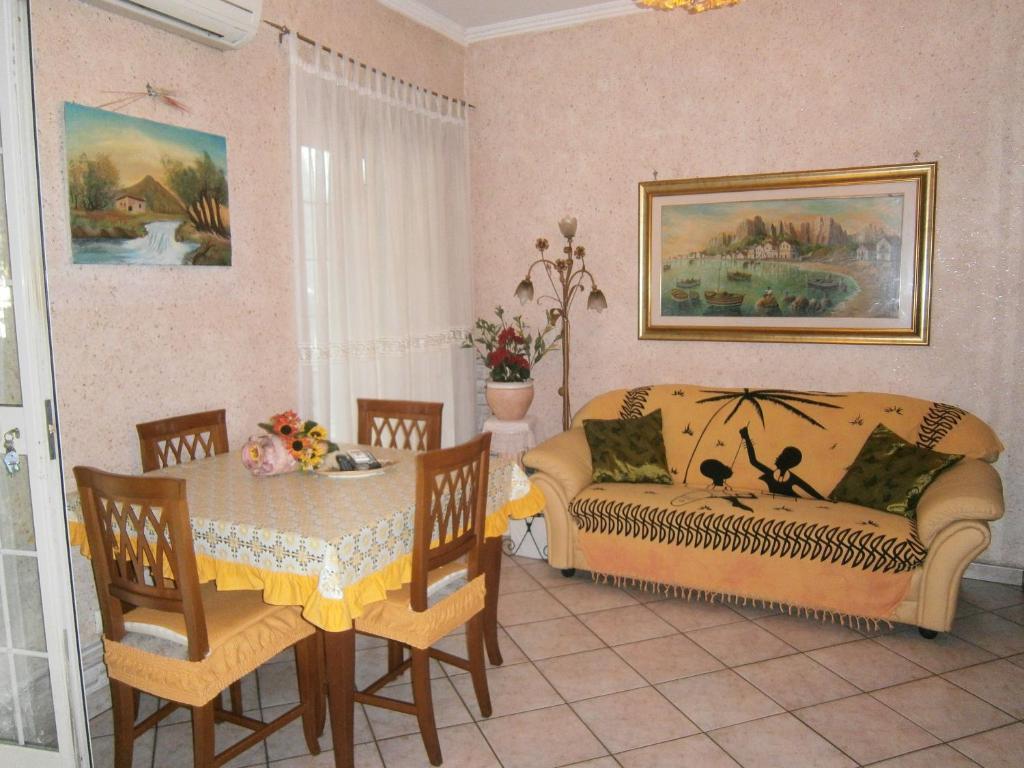 Apartment Portico Fiorito Italia Marino  Bookingcom