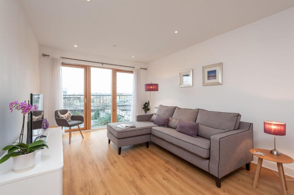 sofa shops glasgow city centre kelly flats updated 2019 prices gallery image of this property